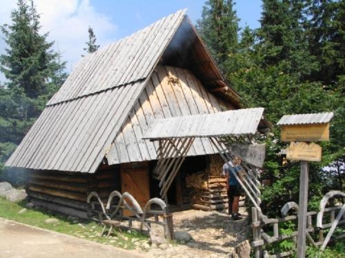 Bacówka na Rusinowej Polanie