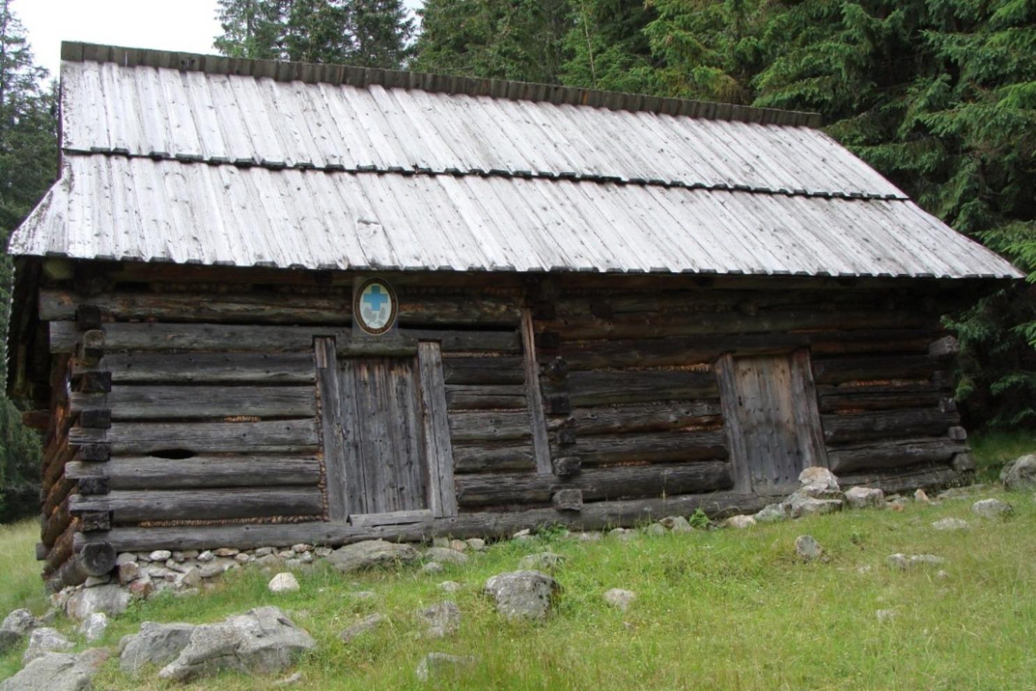 Dawna siedziba TOPR na Polanie Chochołowskiej