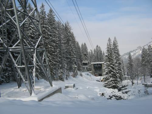 Dolna stacja kolejki na Kasprowy