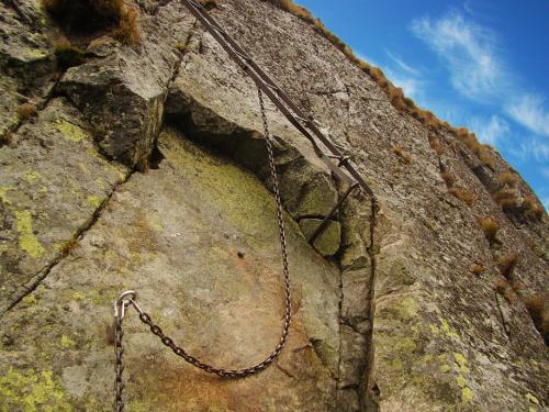 Drabinka sprowadzająca na Kozią Przełęcz