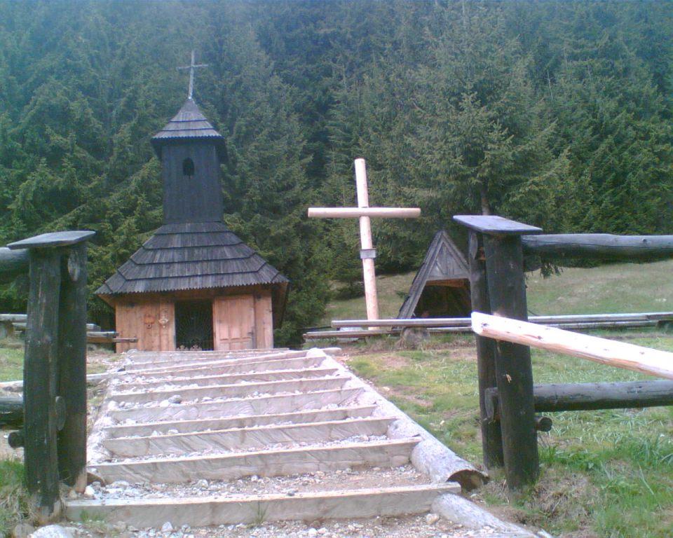 Kapliczka w Dolinie Chochołowskiej