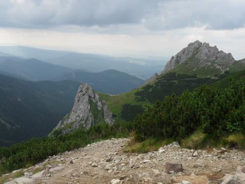 Siodłowa Turnia, Przełęcz Siodło i Mały Giewont