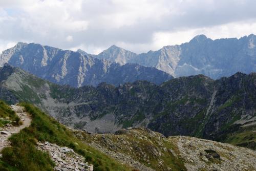 Tatry Wysokie ze szlaku na Zawrat od Doliny Pieciu Stawów