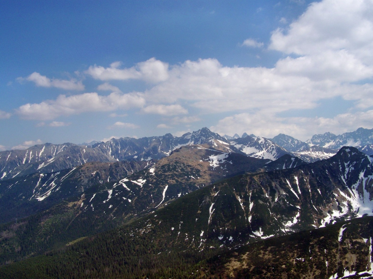 Widok z Giewontu na Tatry