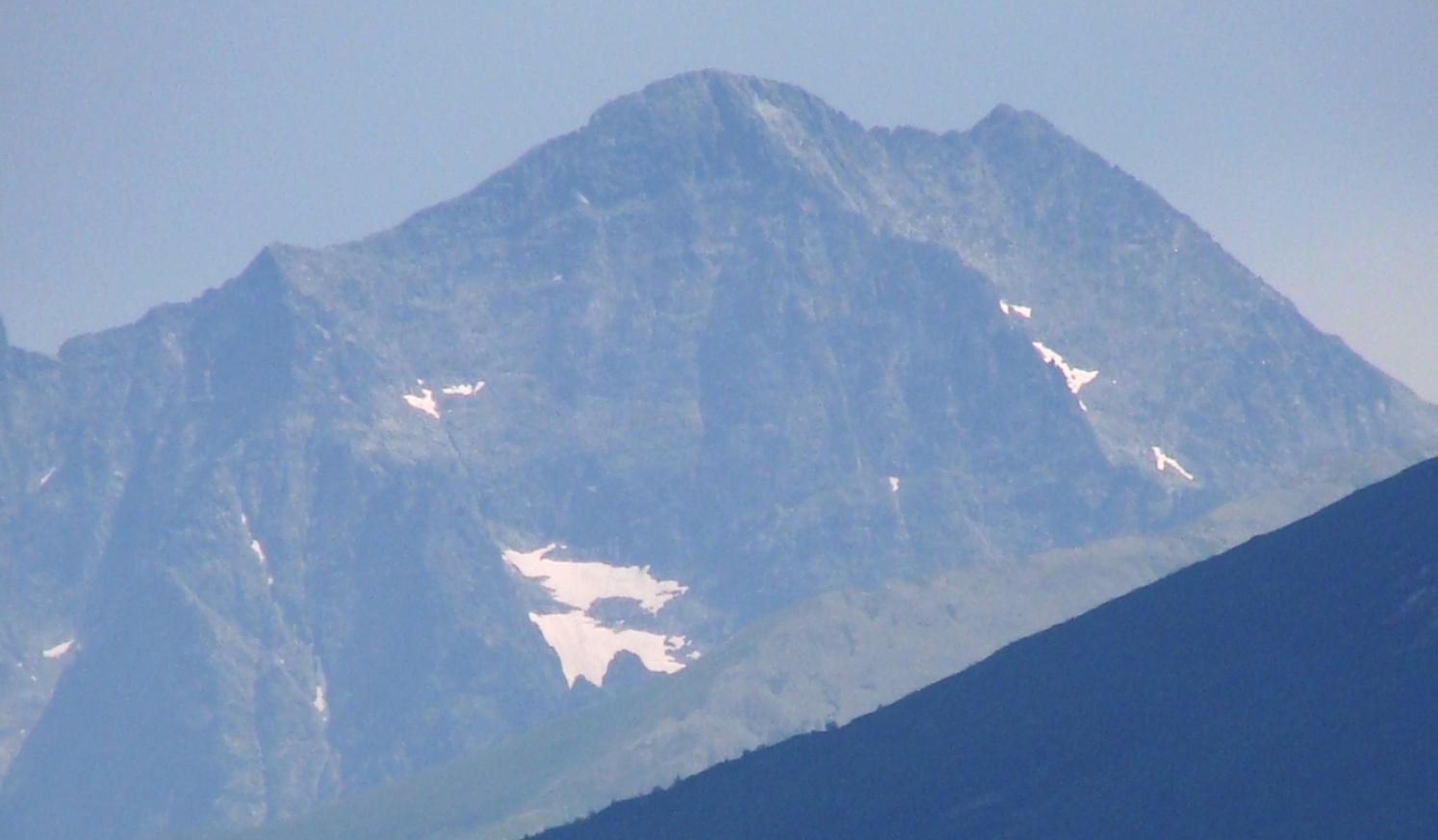 Widok z Gubałówki na Świnicę (2301m.n.p.m.)