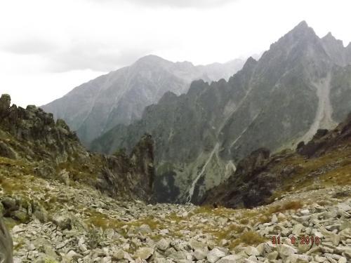 Widok z Przełęczy Łomnickiej
