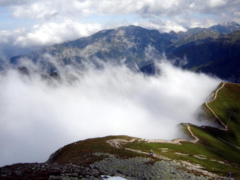 Widok z Raczkowej Przełęczy