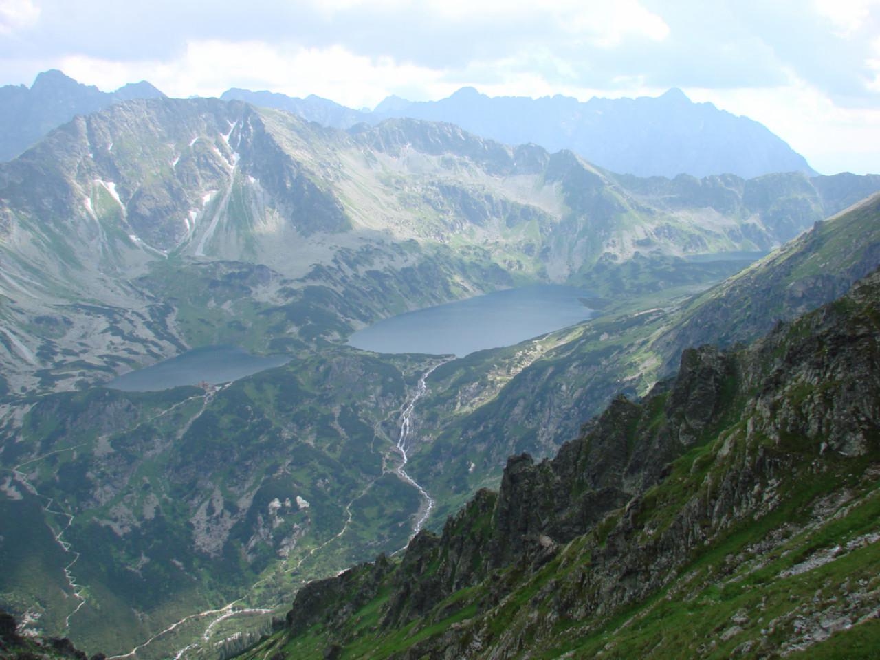 Widok z przełęczy Krzyżne na Piątkę