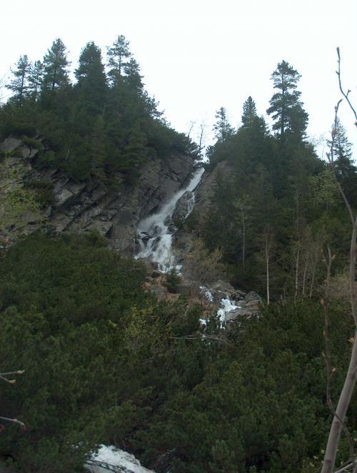 Wodospad w rejonie Morskiego Oka