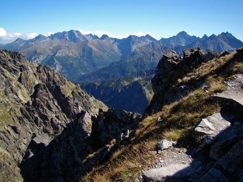 Zejście na Granacką przełęcz